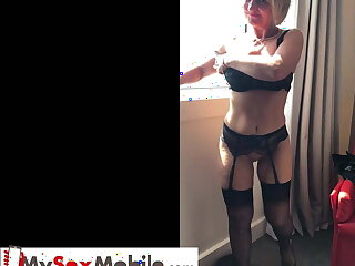 Old MILF secretary gets fucked at lunch break in hotel room