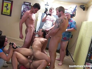 Hot Call-girl Gangbang By Circa The Guys - Mea Melone