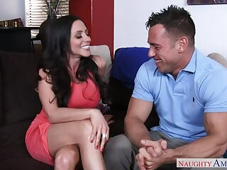 Ariella Ferrera fucking in burnish apply couch far will not hear of outie pussy